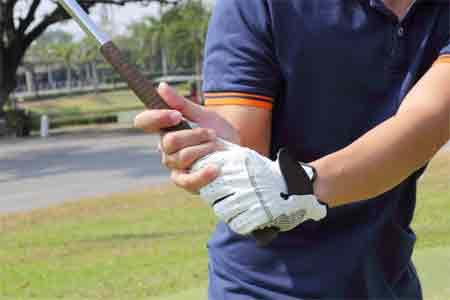 The benefits of using oversized golf grips
